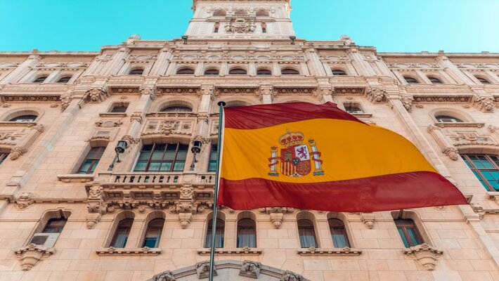 An International Travelers Guide to Spain