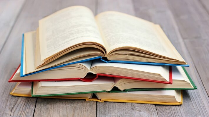 Top 5 Books by Indian Female Authors