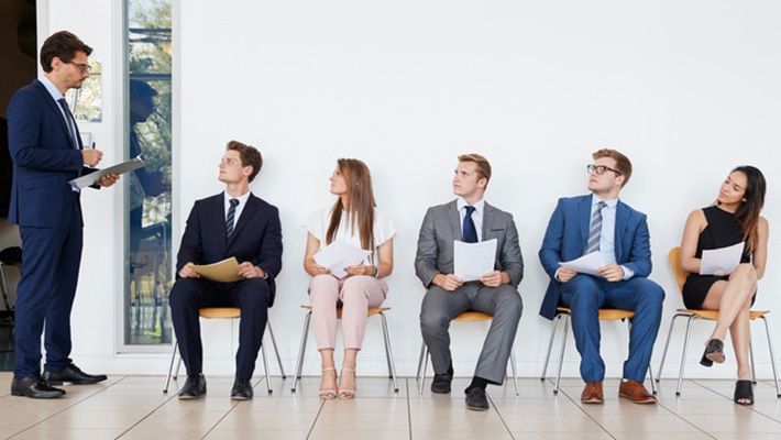 4 Ways to Answer 'Tell me about Yourself' in Interviews