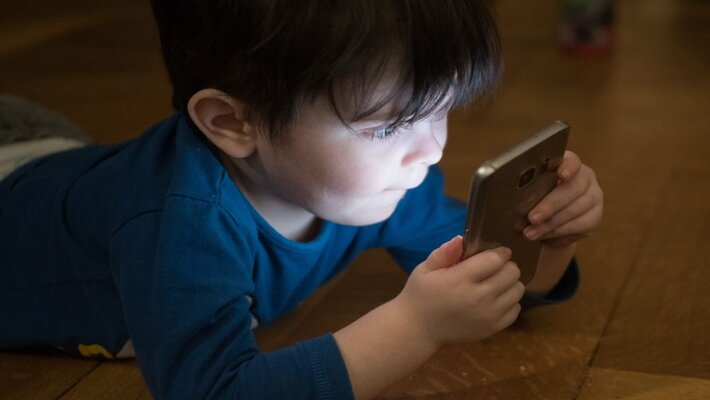 Tips To Minimize the Cellphone Use and Check Mobile Addiction